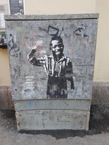 Graffitti, das mich an Banksy erinnert.