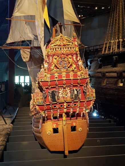 Die Vasa im Modell - so bunt sah sie wohl aus!